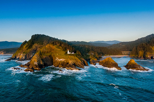 Heceta Head Lighthouse Bed & Breakfast – Oregon Coast Wedding Venue